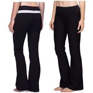 LULULEMON Groove Yoga Pants Stretch Flare Leggings